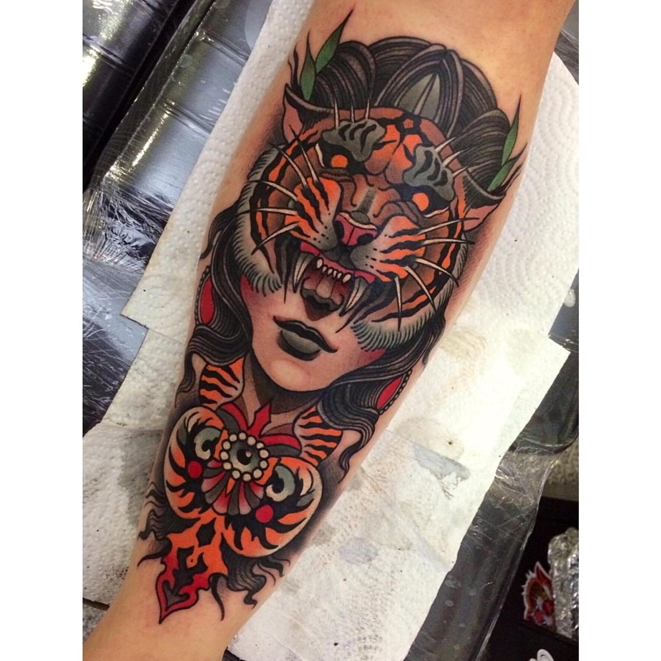 Johnny Domus Tattoo- Find The Best Tattoo Artists