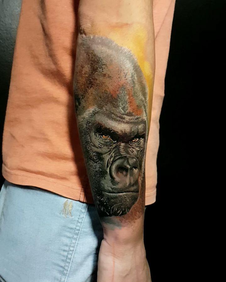 Gorilla colorful Tattoo